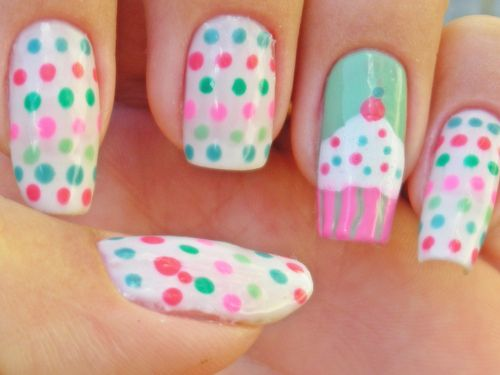 Dotted Cupcake Nails