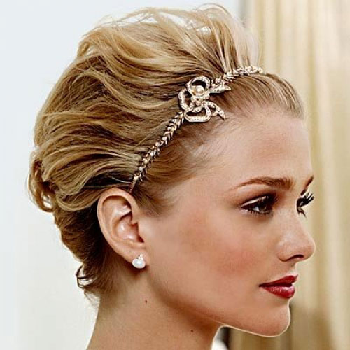 Awesome 15 Classy Bridal Hairstyles You Should Try Pretty Designs Hairstyles For Men Maxibearus