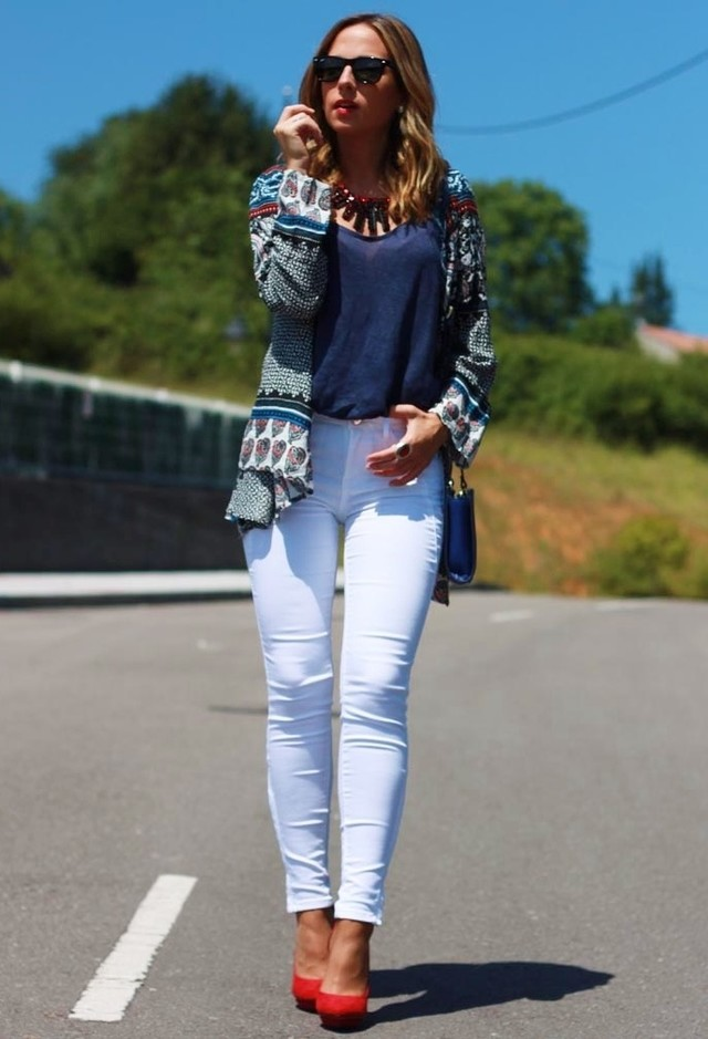 Fantastic Outfit Idea with White Jeans