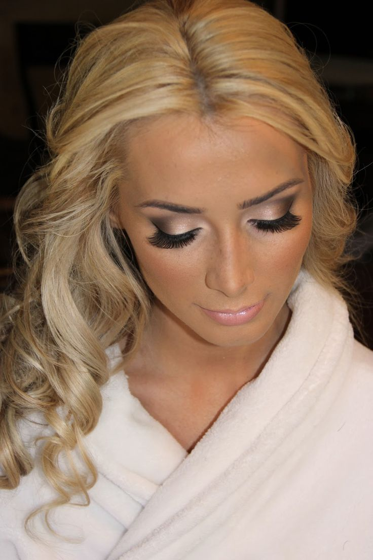 Gold Smokey Eye Bridal Makeup : 15 Attractive Winged Smokey Eye Makeup Looks for 2014 ...