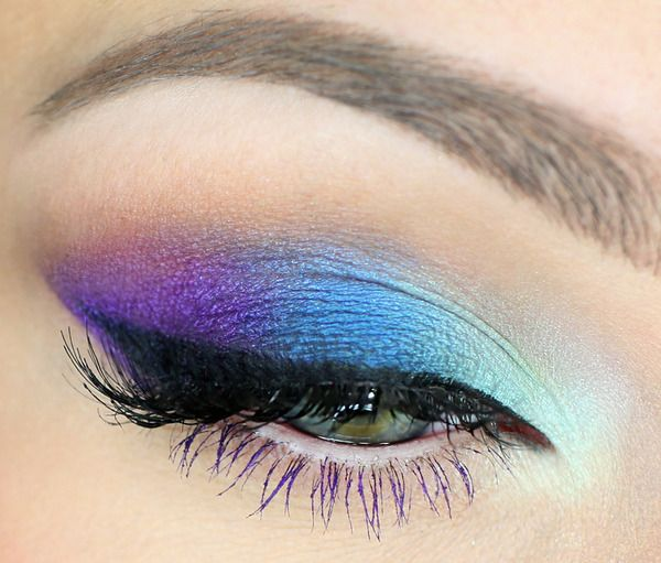 Gorgeous Colored Mascara Look