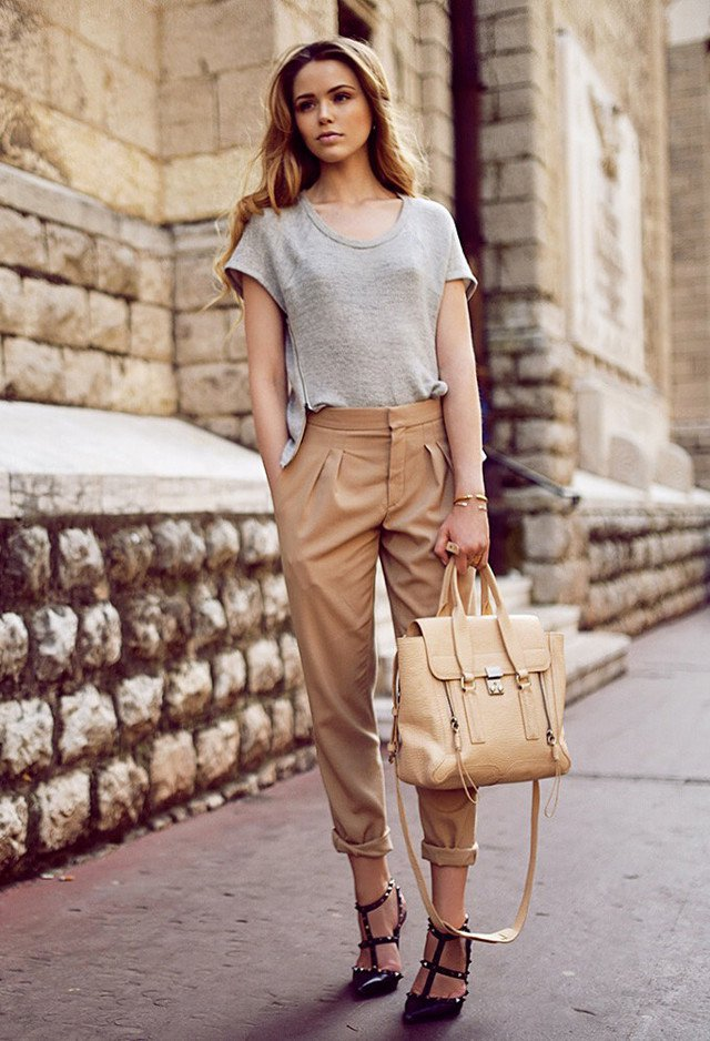 Graceful Outfit Idea with Baggy Pants