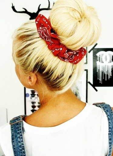 Great Bun with Scarf
