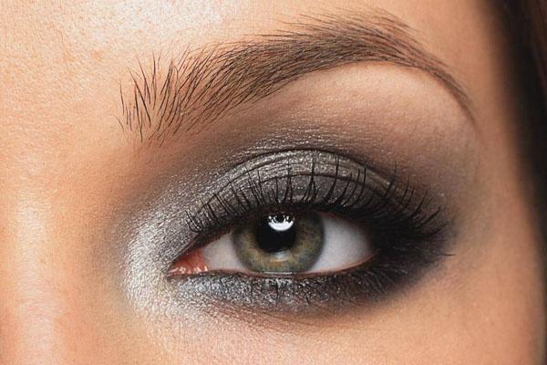12 alluring grey smokey eye makeup looks pretty designs - Smokey eyes blau ...