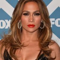 Jennifer Lopez Bright Lipstick