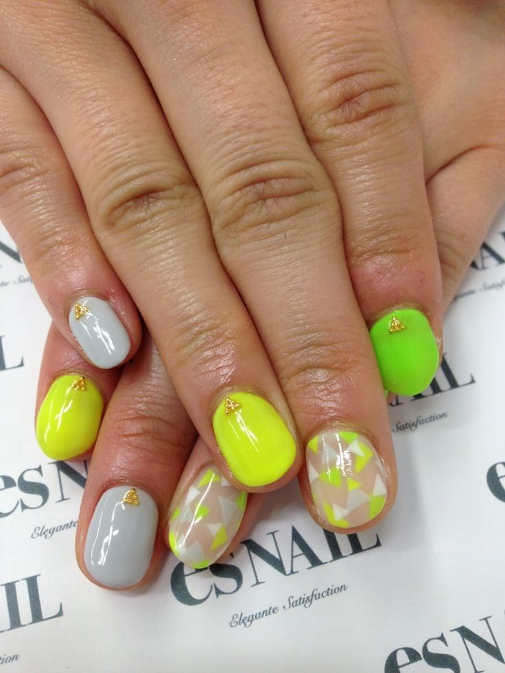 17 Unique Neon Nail Designs for 2017 - Pretty Designs