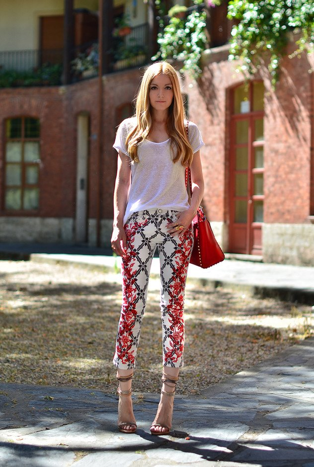Lovely Printed Jeans Outfit Idea