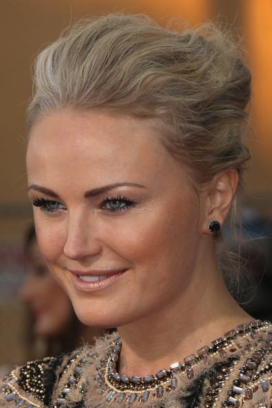 Malin Akerman French Twist/Getty Images