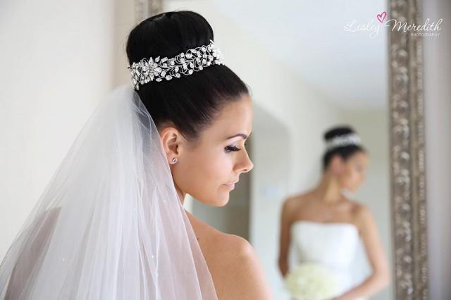 Modern Bridal Hair Accessory