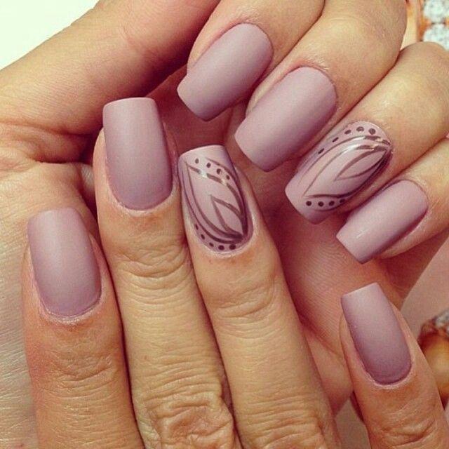 Pale Purple Nails