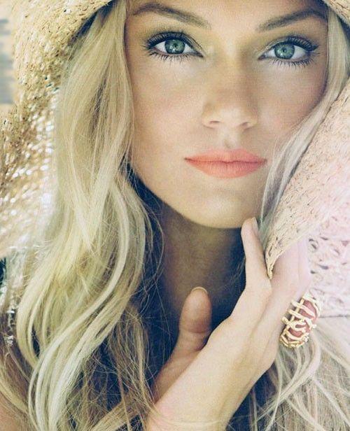 Peach Lips With Long Blond Hair