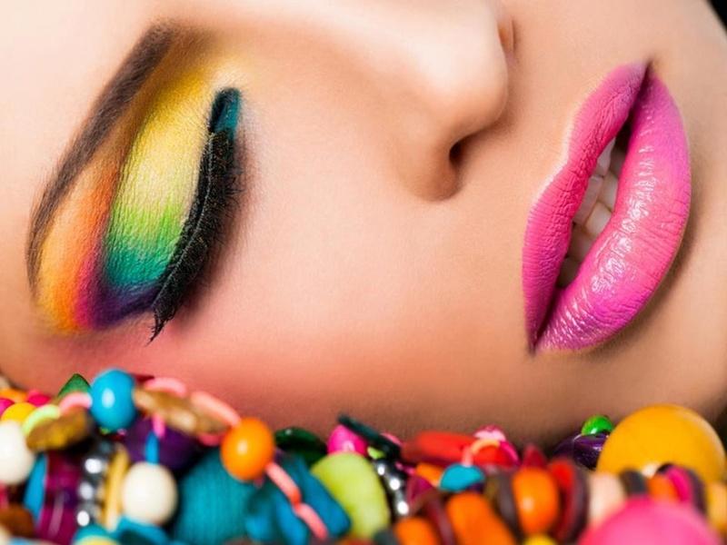 12 Fantastic Neon Makeup Looks Pretty Designs