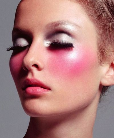 10 lovely pink blush makeup looks for girls pretty designs. Black Bedroom Furniture Sets. Home Design Ideas