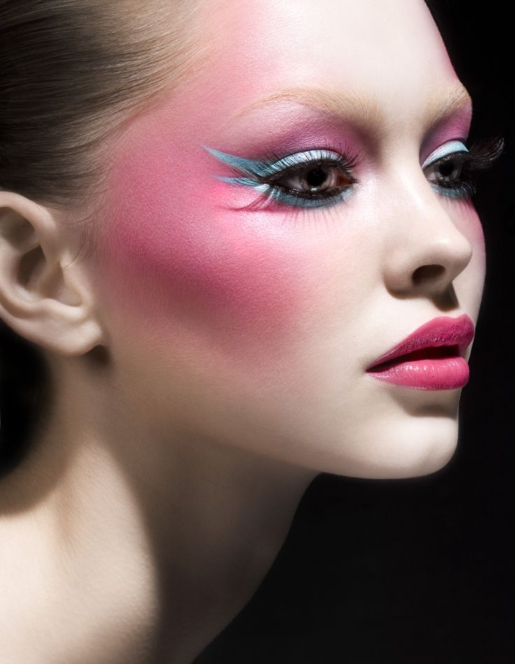 10 Lovely Pink Blush Makeup Looks For Girls