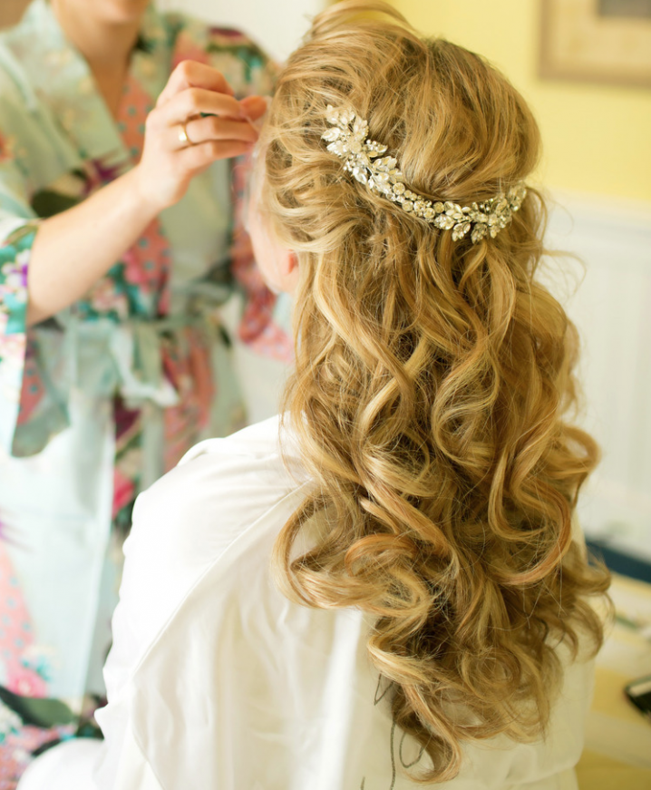 Romantic Bridal Curly Hairstyle