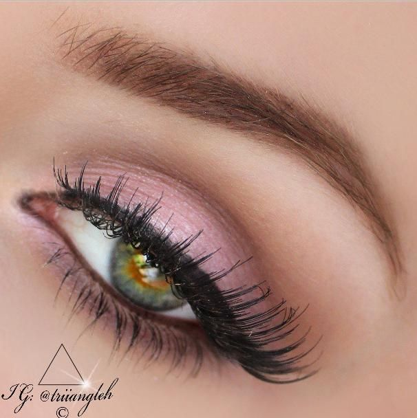 Soft Pink Eye Makeup For Party