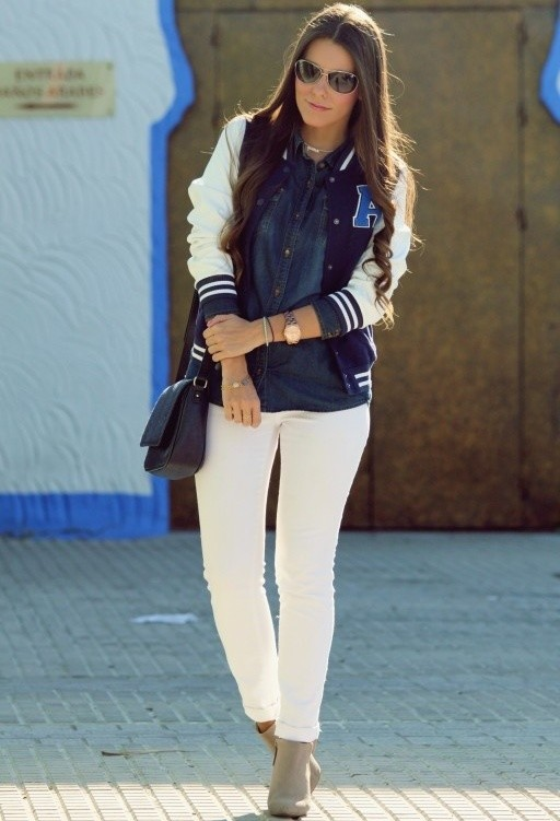 Sporty and Casual Look with White Jeans