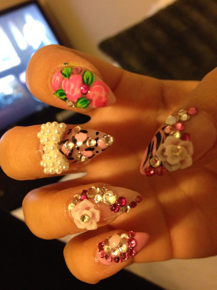 Stylish 3D Nails