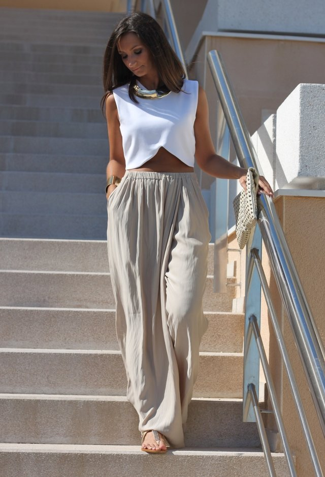 Trendy Outfit Idea with High Waisted Pants