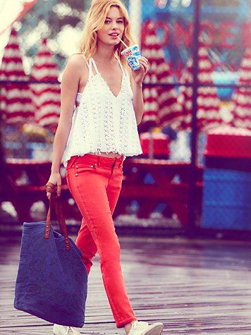 Trendy Red Jeans Outfit