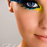 Vibrant Peacock Inspired Eye Makeup Look
