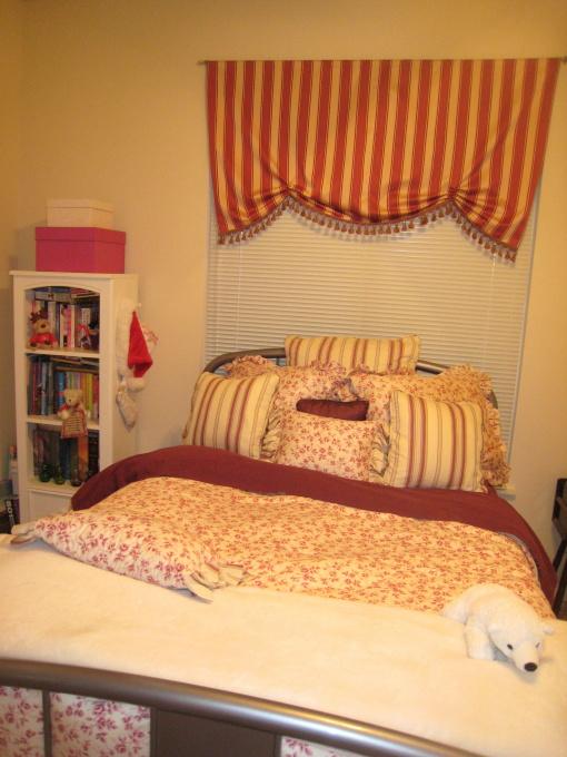 Winter Bedroom Happy Vibe