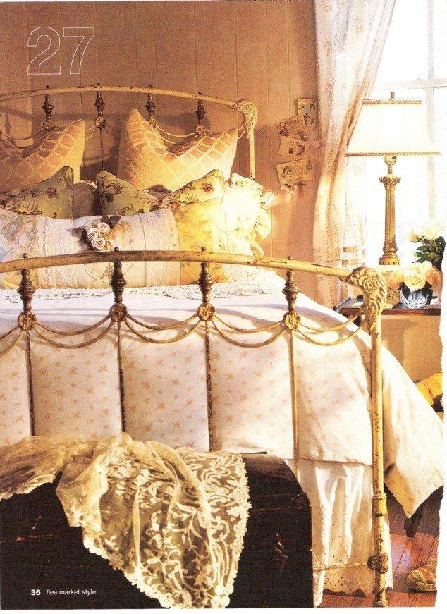 Winter Bedroom Retro Vibe