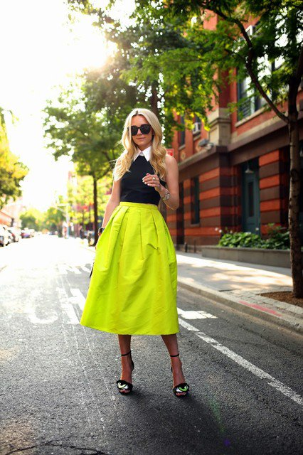 Beautiful Bright Colored Midi Skirt Outfit Idea
