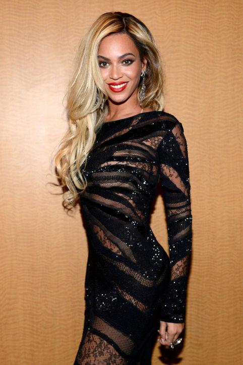 Beyoncé's Long Curls