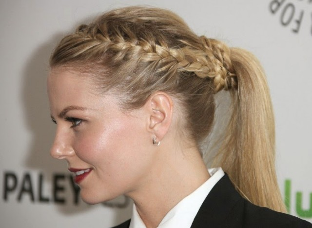 Incredible Stunning Amp Lovely Braided Hairstyle For Women To Try Pretty Designs Short Hairstyles Gunalazisus
