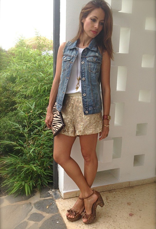 Casual Outfit Idea with Denim Jacket