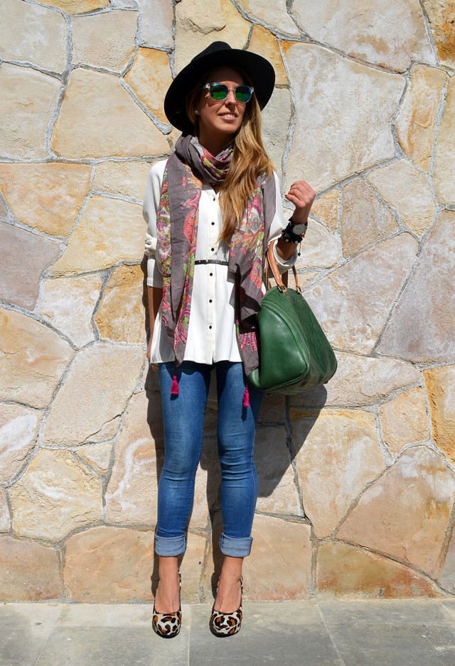 Chic Outfit Idea with Hat and Scarf for Fall 2014