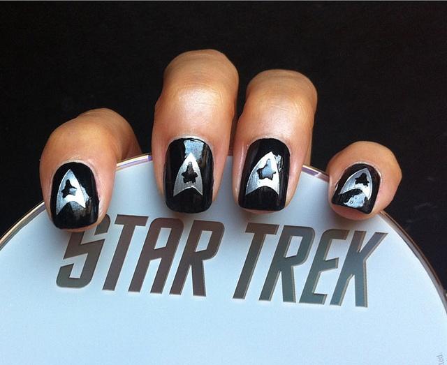 Cool Star Trek Nail Design