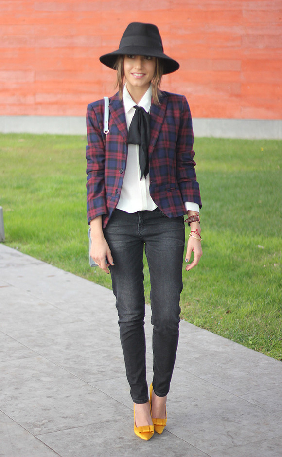 Fall 2014 Cool Outfit Idea with Pleaded Blazer and a Hat