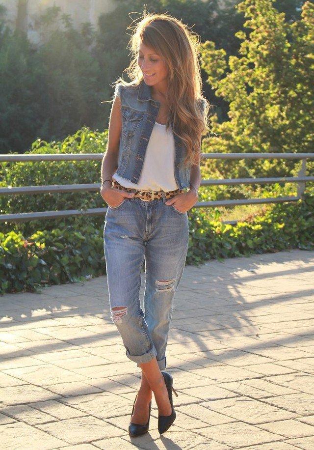 Fashionable Outfit Idea with Denim Vest