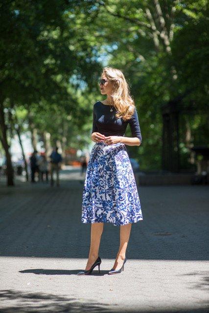 Feminine Outfit Idea with Midi Skirt