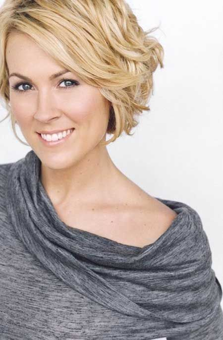 14 Fantastic Short Wavy Hairstyles For Women Pretty Designs