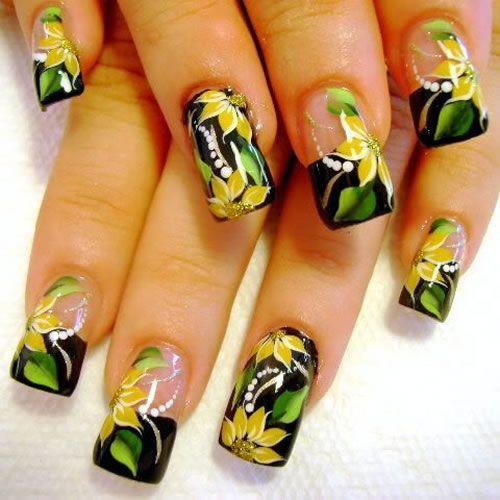 16 Fabulous Yellow Nail Art Designs | Pretty Designs