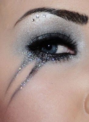 Glittery Party Eye Makeup