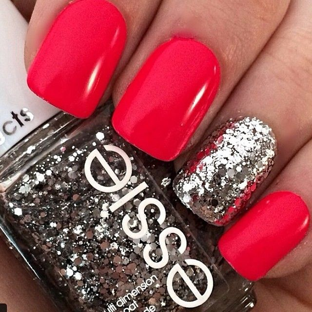 Glittery Red Nails
