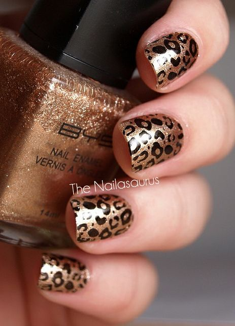 Gold Leopard Nail Art Design