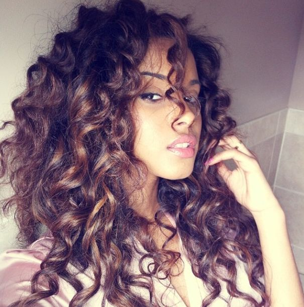 Tremendous 15 Ultra Chic Long Curly Hairstyles For Women Pretty Designs Hairstyles For Women Draintrainus