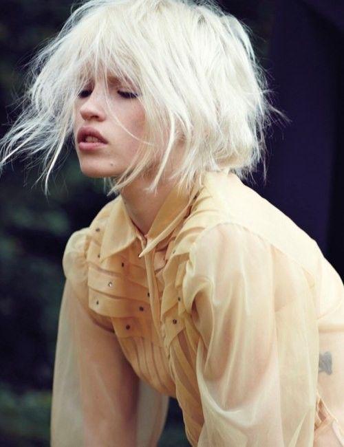 Astonishing 14 Wild And Chic White Hairstyles Pretty Designs Short Hairstyles Gunalazisus