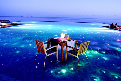 Outdoor Table: Stylish Light