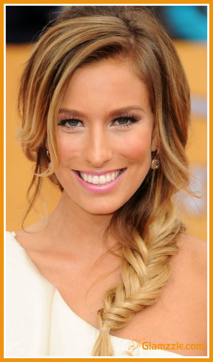 Swell 12 Stunning Fishtail Braid Hairstyles Pretty Designs Hairstyle Inspiration Daily Dogsangcom