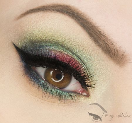 Pretty Jewel-Tone Makeup Idea