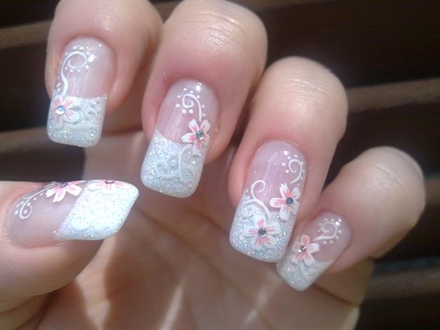 Pretty Nail Design for Wedding