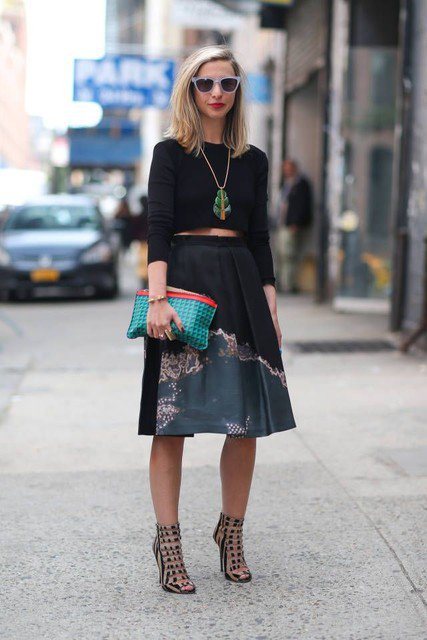 Pretty Outfit Idea with Midi Skirt