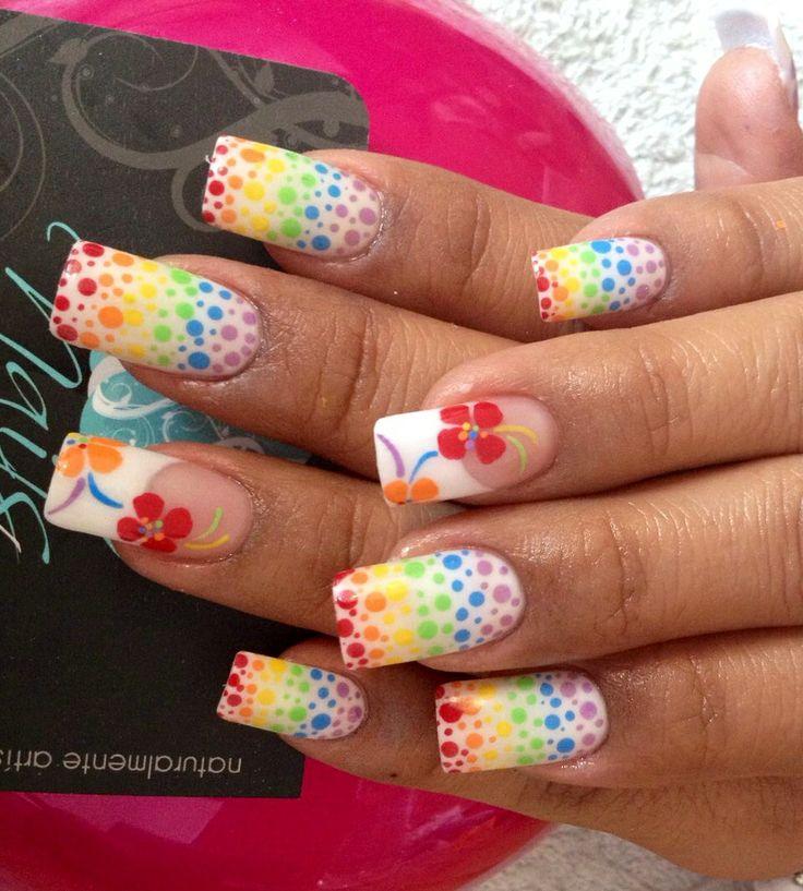 Pretty Rainbow Nail Art Design