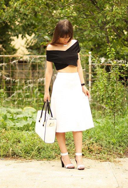 Pretty White Midi Skirt Outfit Idea